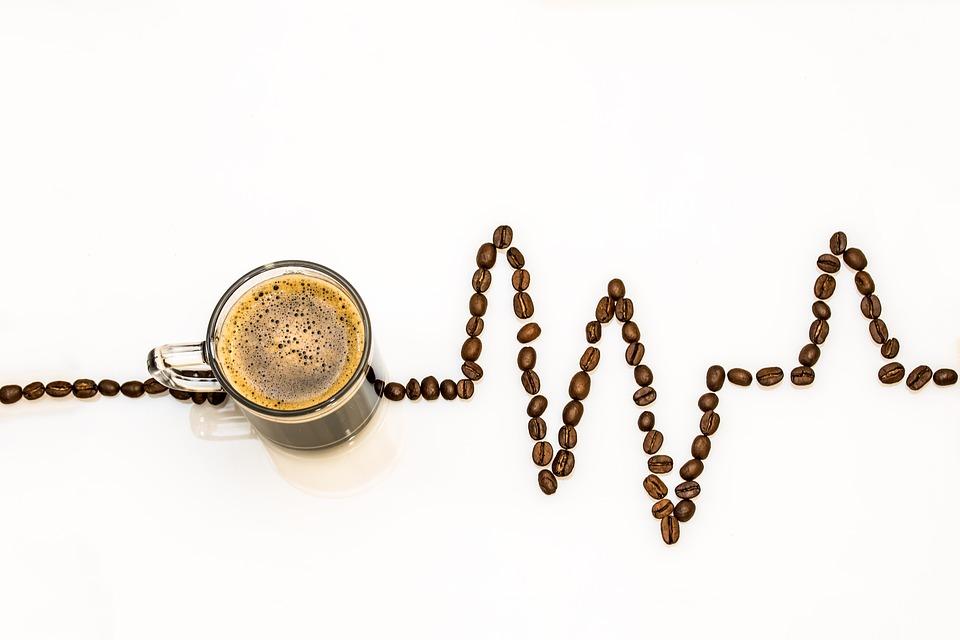 Koffievlek verwijderen uit een bank